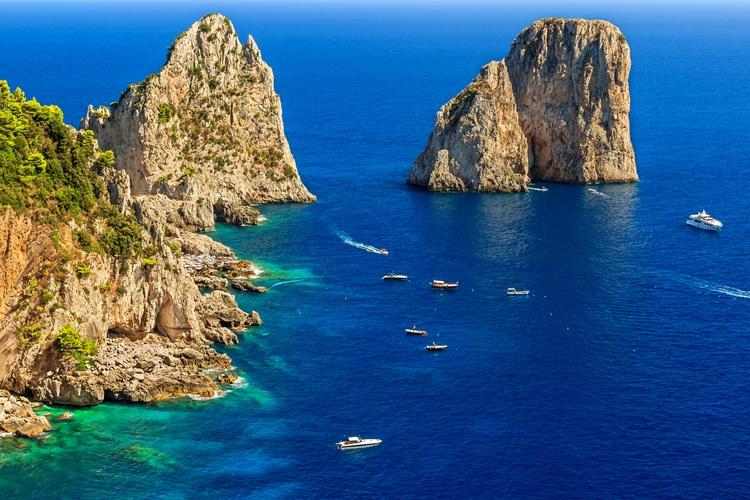 Fridag med mulighet for ekstra utflukt til Capri (F)